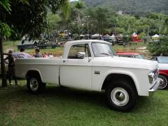 Dodge D-100 (1)