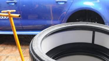 Espuma colada por dentro do pneu, para redução de ruído