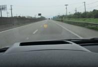 HUD mostra velocidade e GPS no para-brisa