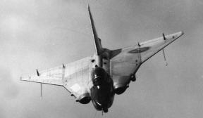 O 210B com a configuração de tomadas de ar na posição final (asasdeferro.com)