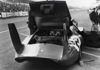A traseira aerodinâmica do SP66 (FIVA)