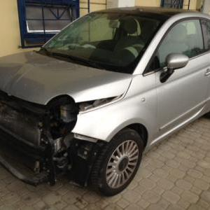 compro auto incidentata milano est