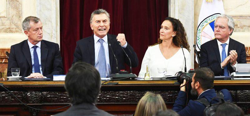 Resultado de imagen para macri en el discurso del primero de marzo
