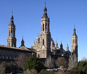 280px-Basilica_del_Pilar_ZaragozaAragon(Spain)-2