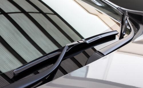 Neue Winschutzscheibe, Frontscheibe Autoglas Frankfurt