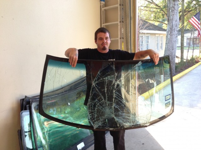 5 Common Causes of Windshield Damage - Auto Glass in San Antonio