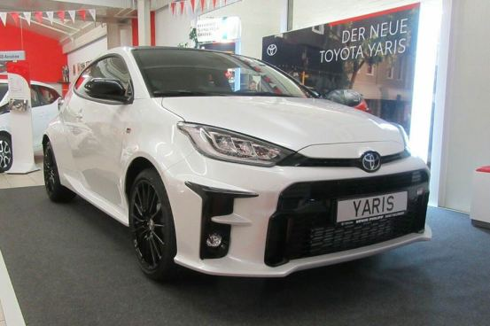 Το Toyota GR Yaris είναι έτοιμο να παραδοθεί από 30,990 ευρώ