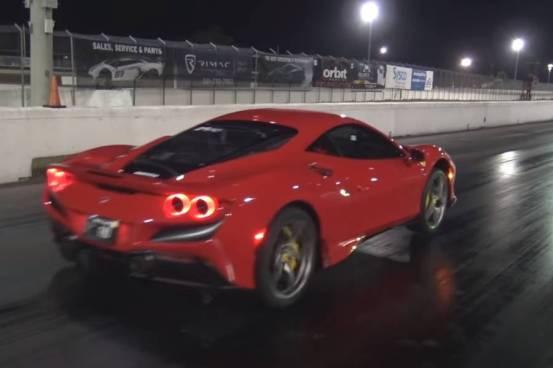 """Η Ferrari F8 σηκώνεται στα """"πίσω πόδια"""" της (+ βίντεο)"""