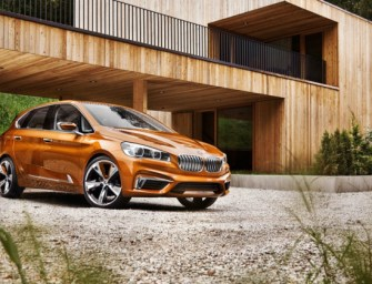 BMW Concept Active Tourer goes Outdoor, does 40 kmpl