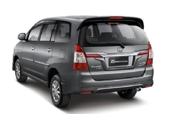 Facelifted Toyota Innova