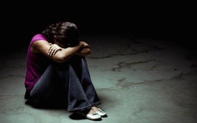 Aumentan las autolesiones entre las chicas adolescentes – UK