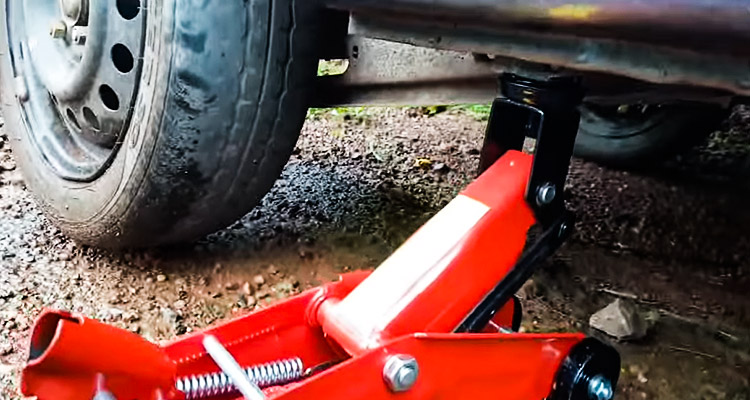 Best Floor Jack for Cars Buying Guide