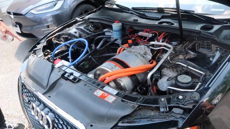 Audi S5 Tesla_Motor