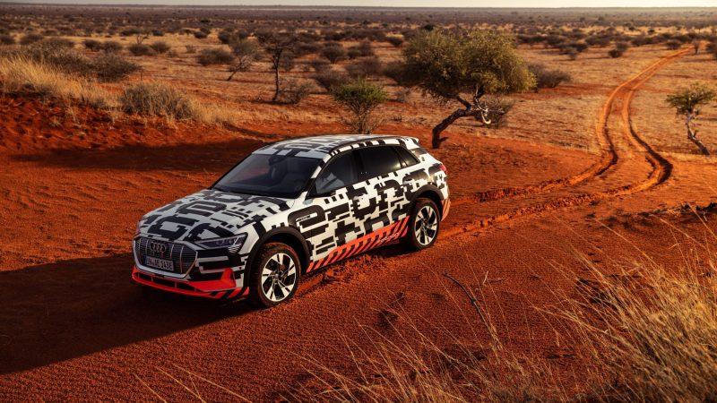 Audi e-tron Vorstellung Namibia_Spuren im Sand