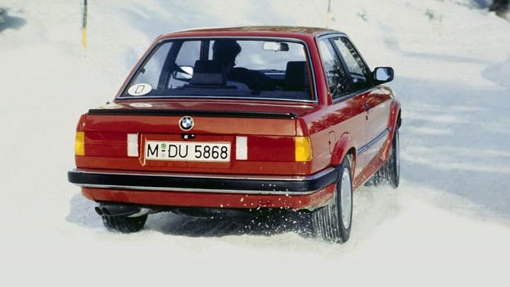 Bir Avrupalı klasik daha: BMW E30 3 Serisi