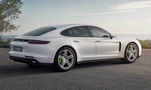 Porsche Panamera'ya hibrit versiyon