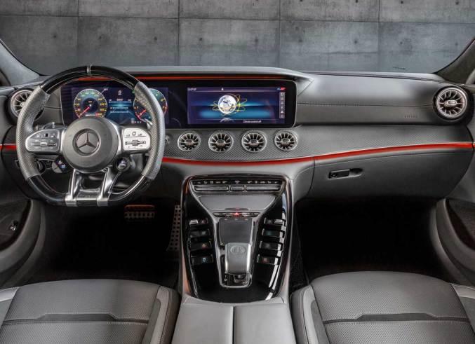 MERCEDES AMG GT 4D COUPE