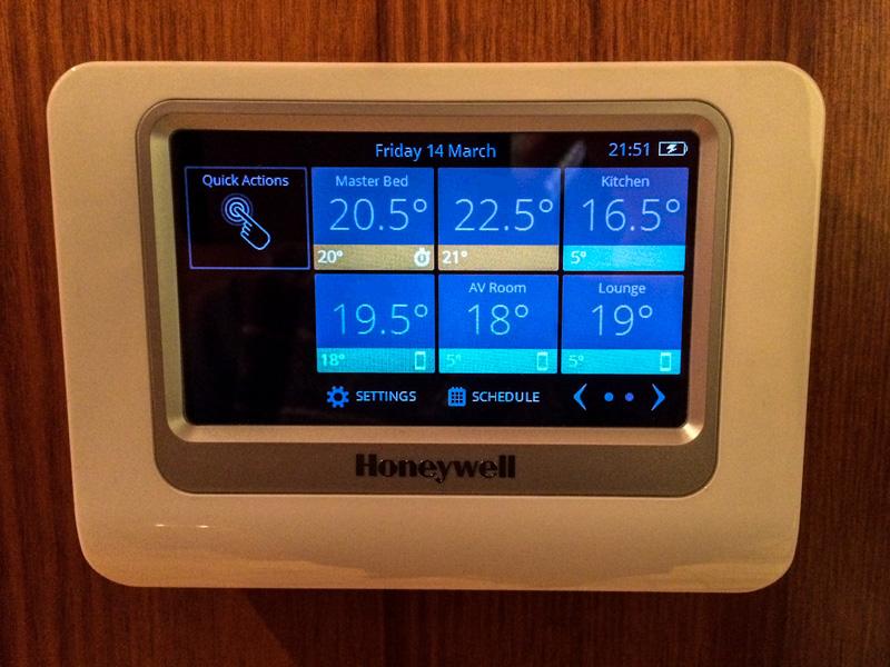 Review: Honeywell evohome Wireless Smart Home Heating ...