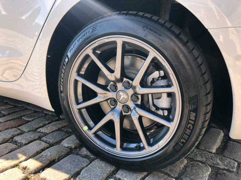 Tesla Model 3 Standard Alloy Wheels UK