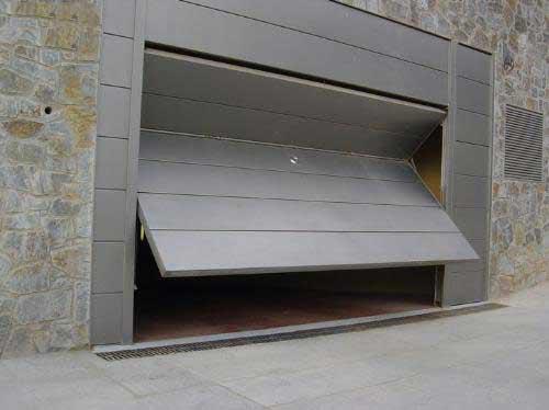 Puerta Basculante Gris