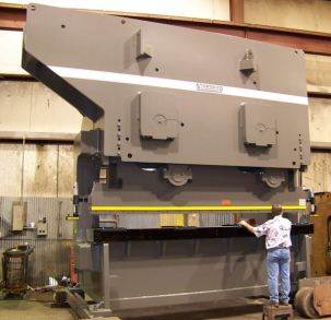 Standard Industrial Press Brake Model AB700-20