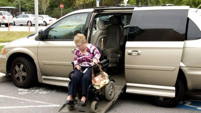 déplacement personne handicapée