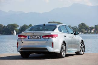 kia-optima-phev-france-0003