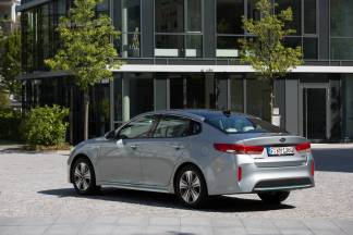 kia-optima-phev-france-0005