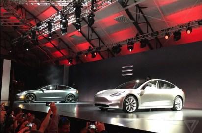 Tesla Model 3 : la présentation en Live