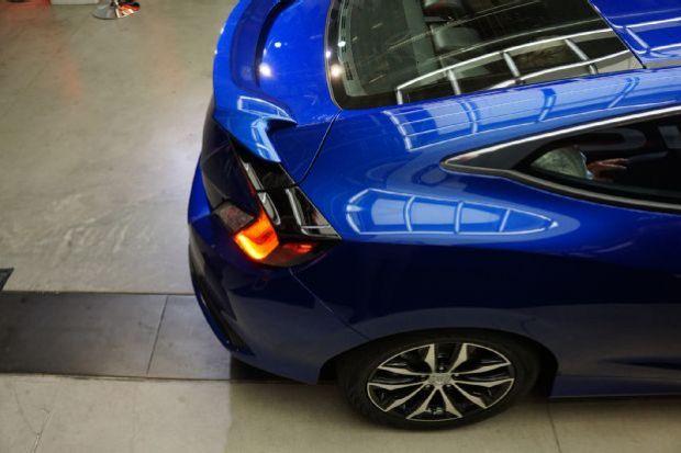 2016 Honda Civic Coupe Reveal Rear Fender Detail 02