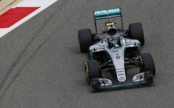 Rosberg edges out Räikkönen for 2016 Bahrain Grand Prix win