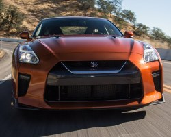 2017 Nissan GT-R Hot Lap! – 2016 Best Driver's Car Contender