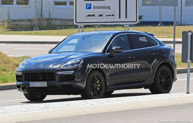 2020 Porsche Cayenne Coupe Spy Shots Automobilebrand Com