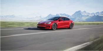 2021 Tesla Model S: Fresh interior, redesigned battery pack, before 520-mile Plaid+