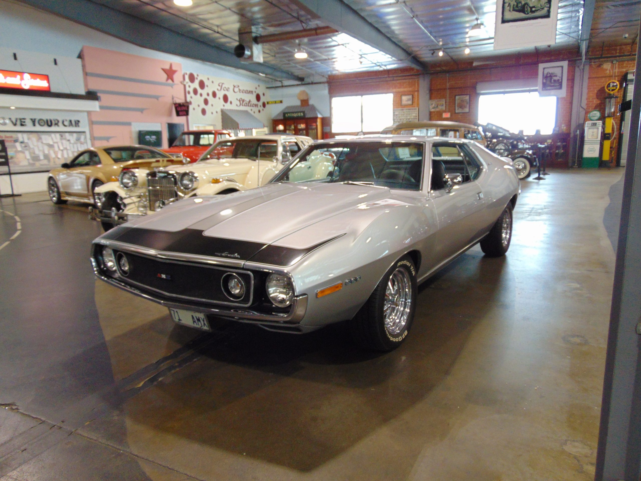 1971 AMX Javelin for rent
