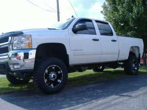 Ship a Lifted Pickup Truck