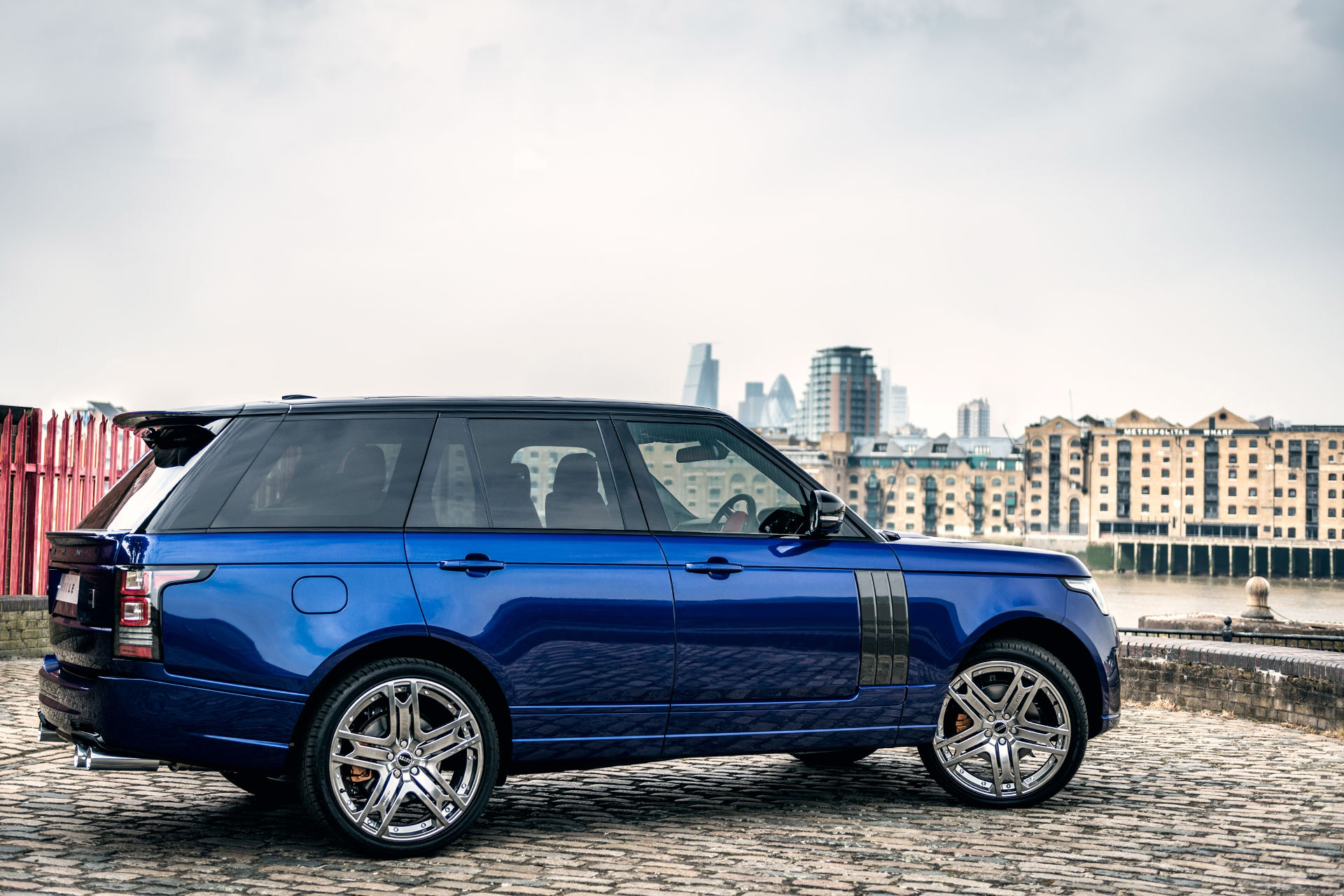Kahn Range Rover 600 LE Bali Blue Luxury Edition Picture
