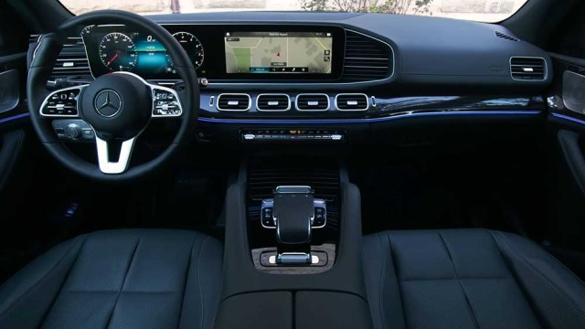 Mercedes Benz GLE 2019 interiors