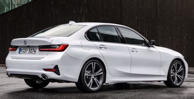 BMW 3 series exterior back side 2019