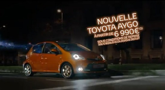 toyota aygo laissez le fun s 39 exprimer et jouez sur fb automotive marketing. Black Bedroom Furniture Sets. Home Design Ideas