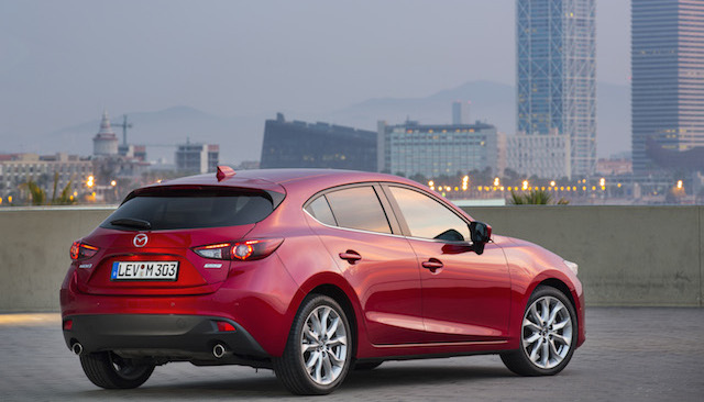 Mazda3_hatchback_still_13__jpg300