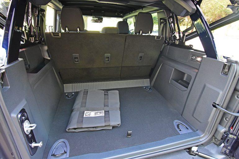 2021 ford bronco sasquatch cargo area