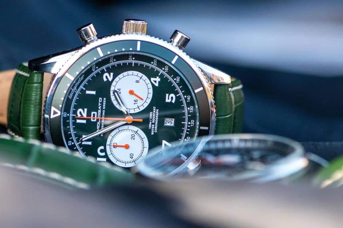 """Sélection de montres """"British Racing Green"""", l'esprit de la course automobile (Partie 2)"""