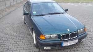 BMW e36 318is - przód