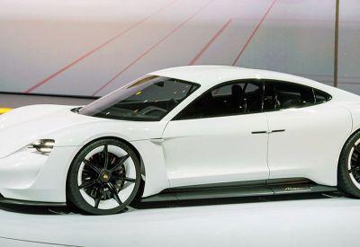 Zielone światło dla pierwszego w pełni elektrycznego Porsche