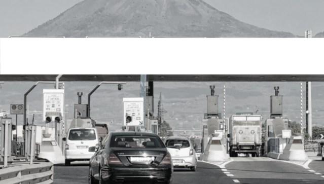Pedaggio autostrade: tariffe più alte per le auto più inquinanti.