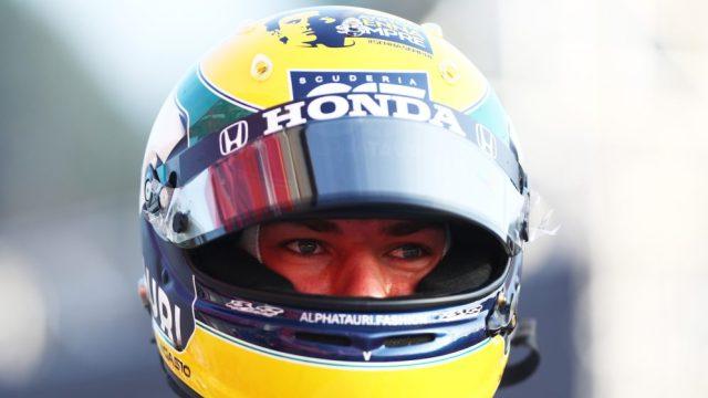 Casco tributo di Gasly su Senna