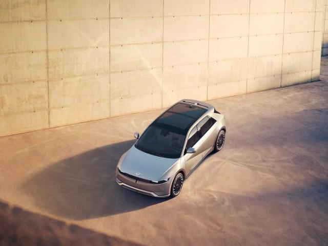 Hyundai IONIQ 5 dall'alto