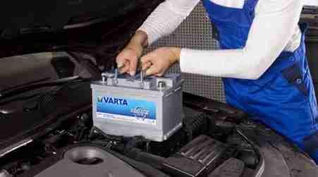 No descuides la batería de tu carro