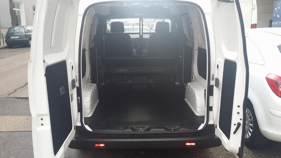 furgoneta amplia nissan